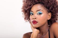 Afrikaanse Amerikaanse vrouwenmake-up Royalty-vrije Stock Fotografie