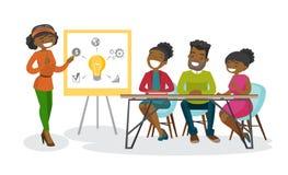 Afrikaanse bedrijfsmensen die aan creatief idee werken Stock Afbeeldingen