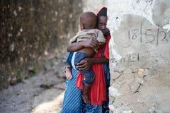 Afrikaanse kinderen in het Eiland van Zanzibar Stock Afbeeldingen