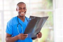 Afrikaanse medische arbeider Stock Foto