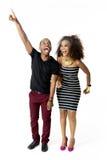 Afrikaanse Modelcouple together having-Pret in de Studio, Volledige Lengte Stock Foto