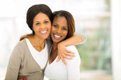 Afrikaanse moederdochter Stock Fotografie