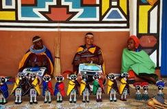 Afrikaanse ndebelevrouwen (Zuid-Afrika) Stock Afbeeldingen