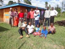 Afrikaanse stijl van het nemen van een foto van de familieinzameling Stock Afbeeldingen
