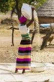Afrikaanse vrouw in Ghana stock afbeelding