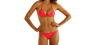 Afrikaanse vrouw in swimwear status op copyspace Royalty-vrije Stock Fotografie