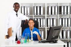 Afrikaanse wetenschappers stock fotografie