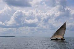 Afrikaanse zeilboot Stock Afbeelding