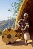 Afrikaanse zulu trommelspeler royalty-vrije stock afbeeldingen