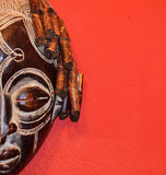 Afrikanen maskerar Fotografering för Bildbyråer