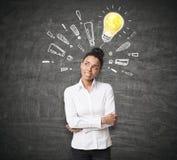 Afrikanerin, Glühlampe und Ausruf Lizenzfreies Stockfoto