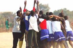 Afrikanische feiernde Leute Lizenzfreies Stockbild