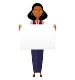Afrikanische Geschäftsfrau, die Zeichen oder Fahne auf Weiß hält Lizenzfreies Stockbild