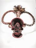 Afrikanische Maske des Stoffes, traditionell, lokalisiert stockfotografie