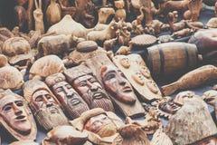Afrikanische Masken, Marokko Souvenirladen in Agadir Stockfotos