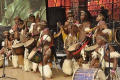 Afrikanische traditionelle Tänzer Stockfotografie