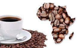 Afrikanischer Kontinent gemacht mit Kaffeebohnen stockbilder