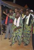 AFRIKANISCHES CONTEURS AM BEGRÄBNIS DER MUTTER DES PRÄSIDENTEN LAURENT GBAGBO lizenzfreie stockbilder