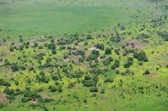 Afrikanisches Dorf von der Luft Stockfotografie