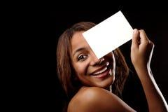 Afrikanisches glückliches schönes Mädchen Stockfotos