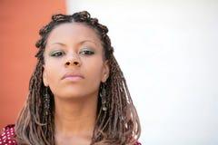 afrikansk allvarlig flickaryss Royaltyfria Foton