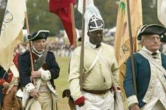 Afrikansk amerikan från den 1st Rhode Island Regiment på den 225. årsdagen av segern på Yorktown, en reenactment av siegen Fotografering för Bildbyråer