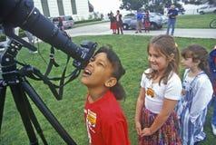 Afrikansk amerikanskolaflicka Fotografering för Bildbyråer