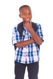 Afrikansk amerikanskolapojke - svarta människor arkivbilder