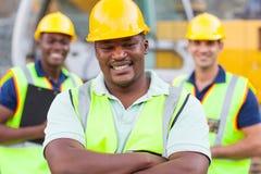 Afrikansk byggnadsarbetare Arkivbild
