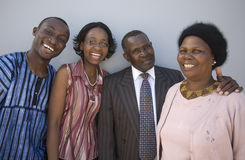 afrikansk familj arkivbild