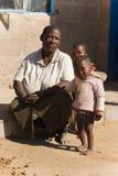 afrikansk familj arkivfoto