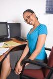 afrikansk kontorist Royaltyfri Bild