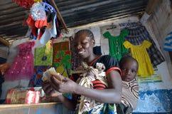 afrikansk kvinna Fotografering för Bildbyråer