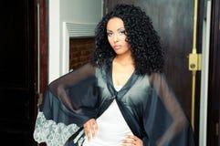 afrikansk kvinna för deltagare för klänningmodemodell royaltyfri fotografi