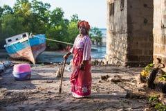 Afrikansk kvinna i Zanzibar Royaltyfri Bild