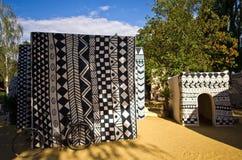 Afrikansk lera förlägga i barack på zoosafari, Dvur Kralove Fotografering för Bildbyråer
