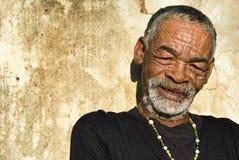 afrikansk manpensionär royaltyfria bilder