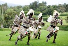 Afrikansk traditionell folkdans Arkivfoto