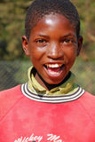 Afrikanska barn som lider från HJÄLPMEDELvirus i byn av Pom Arkivfoton