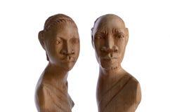 afrikanska kvinnligmanligskulpturer Arkivbilder