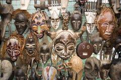 afrikanska maskeringar Arkivbild