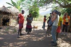 Afrikanskt folk och turist Royaltyfri Fotografi