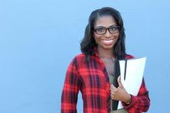 Afro-américain de jeunes d'étudiant universitaire images libres de droits