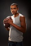 Afro Amerikaanse voetbalster Stock Afbeeldingen
