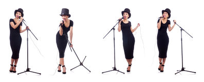 Afro--amerikan den kvinnliga sångaren som isoleras på vit Royaltyfria Bilder