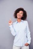Afro amerykański bizneswoman wskazuje funger up Obraz Stock