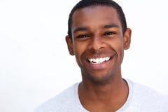 afro - amerykański człowiek się uśmiecha Zdjęcie Stock