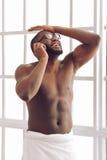Afro Amerykański mężczyzna w domu Obraz Stock