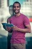Afro Amerykański mężczyzna w mieście Obrazy Stock