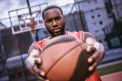 Afro amerykanina gracz koszykówki Obraz Stock